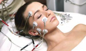 процедура по улучшению тонуса кожи лица и тела