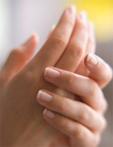 причины раннего старения кожи рук