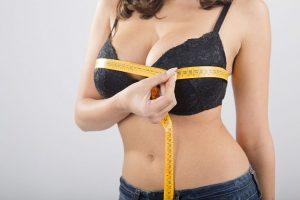 причины, по которым девушки хотят уменьшить грудь