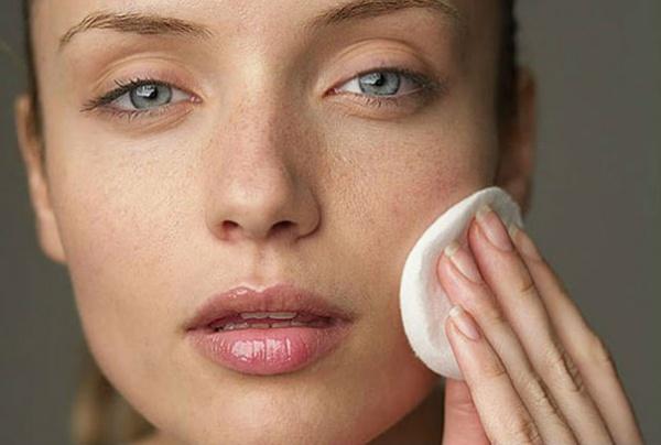 Очищение для сухой кожи лица