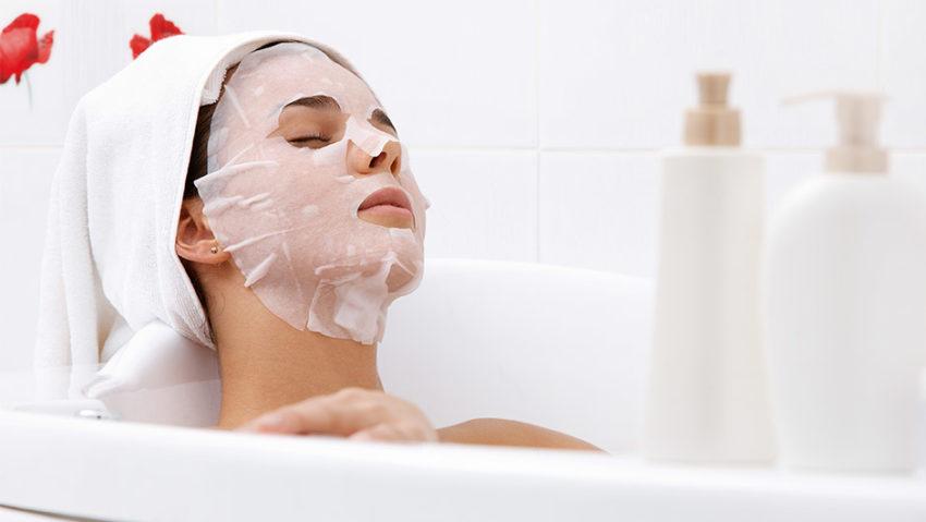 применение тканевой маски перед сном