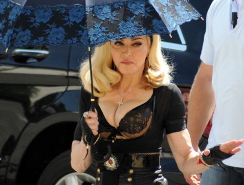 грудь Мадонны