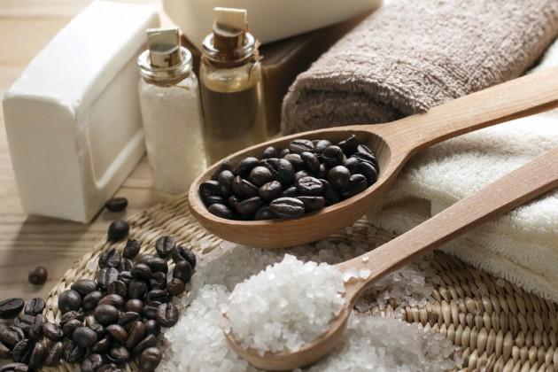 кофе и соль для ванночки ног