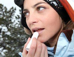 как вылечить обветренные губы