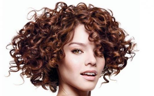химия на коротких волосах