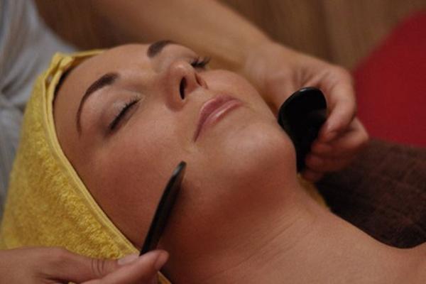 массаж гуаша на лице
